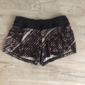 Athleta 3.5 Inseam Shorts Size XS